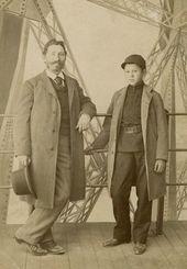 И.Е. Репин с сыном Юрием на Эйфелевой башне во время посещения Всемирной выставки в Париже. 1889