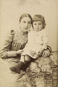 Е. К. Жиркевич с сыном Сережей