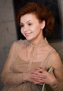 Л. Р. Сайфуллина, пианистка