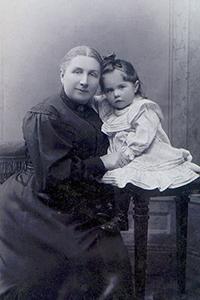Е. К. Жиркевич с Тамарой