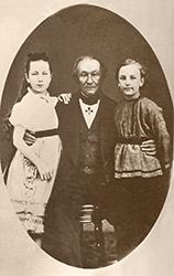 П. В. Кукольник с Катей и Андреем Снитко.